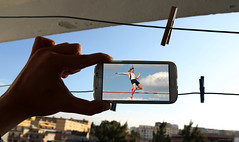 23 (HaKim El GoStO) Tags: canon algeria funny samsung s smartphone 5d algrie alger markiii