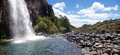 taranaki falls pano 4 2p (Bilderschreiber) Tags: newzealand panorama waterfall nationalpark wasserfall pano falls northisland tongariro taranaki neuseeland taranakifalls nordinsel
