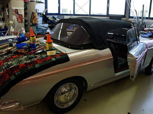 Peugeot 404 Convertible Top Assembly