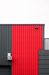 minimal urban lines (Lunor 61) Tags: abstrakt abstract minimal minimalismus minimalistisch minimalistic urban city building facade fassade textures linien lines black schwarz red rot symmetry symmetrie grafic irene eberwein