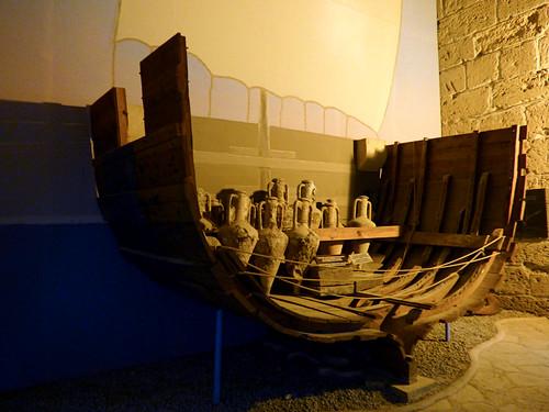 Girne - castle Roman shipwreck (2)