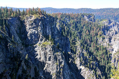 Yosemite Valley Cliffs (Robert F. Carter Travels) Tags: taftpoint yosemite yosemitevalley yosemitenationalpark cliff cliffs escarpment escarpments rocks landscape landscapes