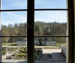 Boitzenburger Land IMG_2528 (nb-hjwmpa) Tags: boitzenburg schloss window fenster plattenbau ddr apollottempel schlosspark uckermark markbrandenburg