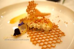 L'Abeille restaurant (soupskotom) Tags: 2stars michelin restaurant frenchcuisine hautecuisine gastronomy paris france grandchef