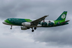 Aer Lingus / A320 / EI-DEO / EGLL 27L (_Wouter Cooremans) Tags: egll lhr london spotting spotter heathrow airplanespotting avgeek aviation aer lingus a320 eideo 27l irish rugby team irishrugbyteam greenspirit green spirit