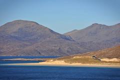luskentyre (Leathanach) Tags: luskentyre loisgaintir beach traigh beanntan mountains uisgneabhal muir sea atlantic harris nikond700