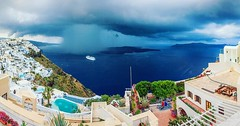 Fira with cruise ship and storm! Kiklades,Greece #greece #santorini #kiklades #glebtarro #fotowalk #love #TagsForLikes #TagsForLikesApp #instagood #me #smile #follow #cute #photooftheday #tbt #followme #girl #beautiful #happy #picoftheday #instadaily #foo (Gleb Tarro - www.fotowalk.com) Tags: instagramapp square squareformat iphoneography uploaded:by=instagram clarendon