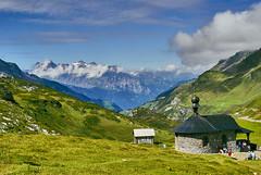 Klausen pass 1 (Meinrad Périsset) Tags: colduklausen paysages landscape alpessuisses swissmountains cantondeglaris switzerland suisse schweiz swizzera nikon nikond200 d200 captureone10