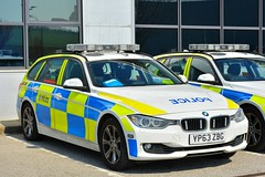 YP63 ZBG (S11 AUN) Tags: south yorkshire police syp bmw 330d xdrive estate touring anpr roads policing unit rpu 999 traffic car emergency vehicle yp63zbg