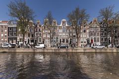Amsterdam, Leidsegracht (Jan Sluijter) Tags: amsterdam leidsegracht grachtenpanden canals iamsterdam holland nederland visitholland