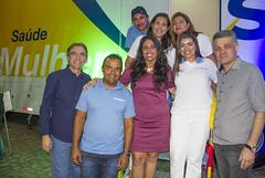 Presidente Marcelo Queiroz com equipe da Unidade Sesc Saúde Mulher