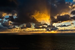 Amazing Sunrice over the Baltic Sea (ThUL_Photographie) Tags: rugia 2017 rügen landscape balticsea clowds sunrice sundown sonnenaufgang seascape ostsee sunlight wolken island