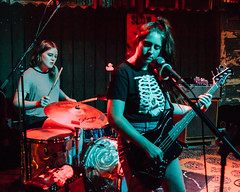 Daddy Issues @ New World Brewery in Ybor, Florida (4/19/2017) (Anthony Pipe) Tags: green canon7d music punk garage rock concert tampa florida ybor newworldbrewery