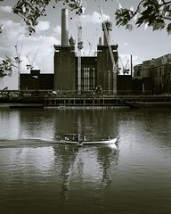 Industrial reflections (jongrace1987) Tags: frame exposure river thames london urban streetphoto streetphotography street photography photo amateurphotographermagazine leaves clouds sky boat water focus white black blackandwhite contrast batterseapowerstation powerstation battersea instagramapp square squareformat iphoneography