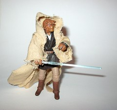 VC49 fi-ek sirch jedi knight star wars the vintage collection star wars attack of the clones basic action figures hasbro 2011 t (tjparkside) Tags: fiek fi ek sirch star wars tvc vintage collection vc aotc attack clones jedi knight episode 2 ii two battle geonosis lightsaber hilt cloak cape rode vc49 49 2011 basic action figures hasbro