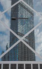 Hongkong (MyMUCPics) Tags: hongkong asien asia china 2016 dezember december trave urlaub holiday architektur architecture design skyscraper stadt city outdoor exterior view wolkenkratzer spiegelung mirror abstract abstrakt