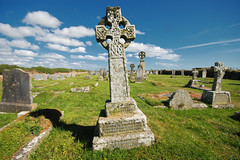 Celtic Cross (Rich3012) Tags: uk england grave graveyard cornwall britain cove headstone tomb gravestone sennen