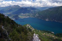 The lake 1 (WeatherMaker) Tags: italien italy mountains alps hiking alpen nara trentino cima bal lagodigarda gardasee pregasina