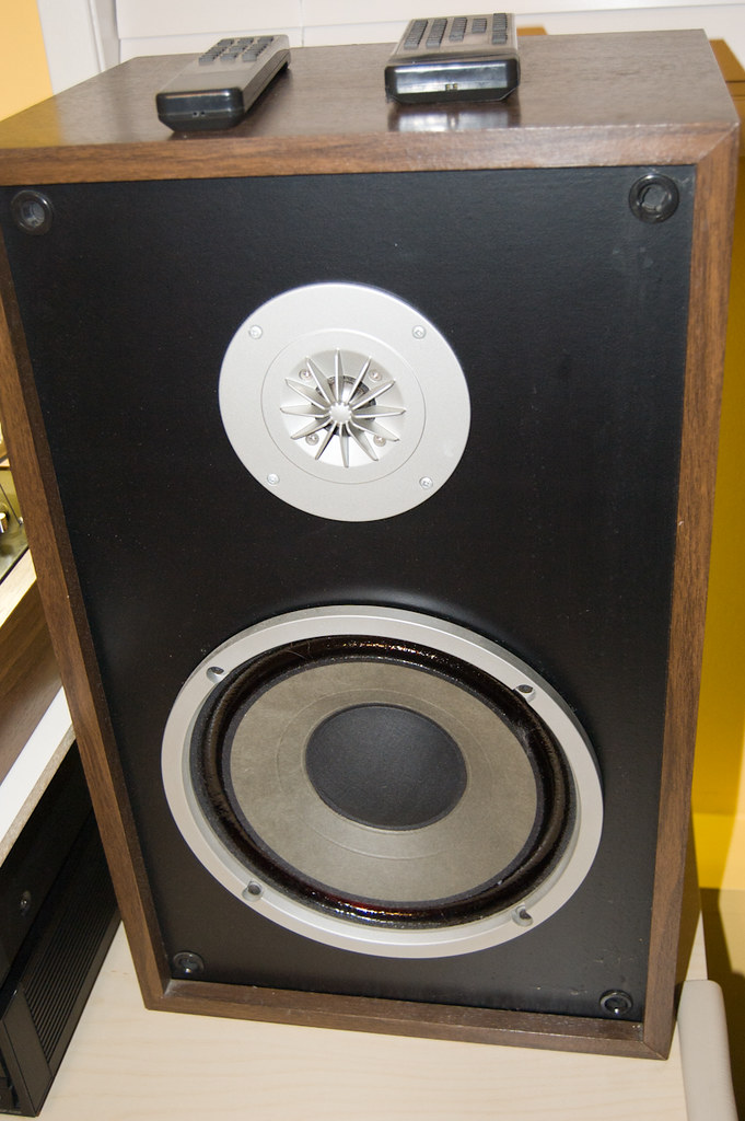 hitachi speakers. my mystery hitachi speakers! (satans hollow) tags: vintage speakers .