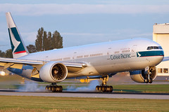 Cathay Pacific | Boeing 777-367/ER | B-KPE (Patrick Lundgren) Tags: travel light sunset red summer white canada green vancouver digital canon airplane photography fly flying photo airport day all er pacific aviation smoke air tail wheels transport flight wing jet picture engine 7 sigma gear columbia os richmond landing hong kong international transportation vehicle british passenger 28 boeing longest yvr touchdown 777 triple runway cathay hkg pilot spotting types airliner airliners rudder threshold cpa jetline ge90 cyvr 120300 60d cx888 777367 bkpe