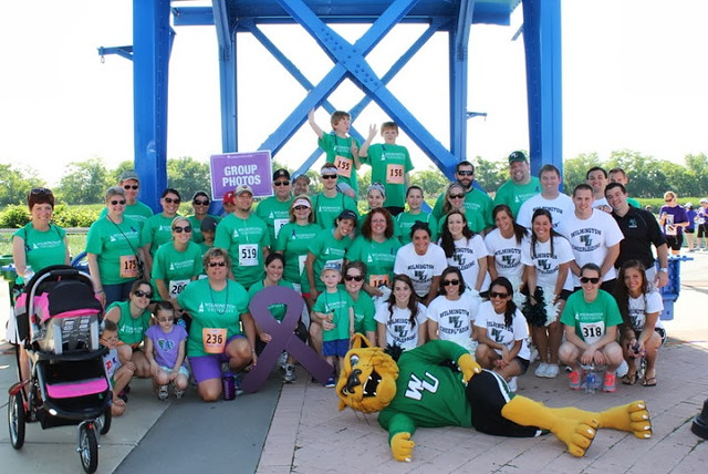 2013 PurpleStride 5K Run/Walk participants with WilmU mascot Wiley D. Wildcat.