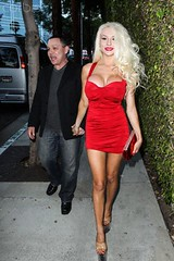 42-49767917 (MistyGracie) Tags: california portrait music usa exhibition northamerica prominentpersons celebrities westhollywood losangelescounty pacificstates openingevent westhollywoodcaliforniausa courtneystodden 49767917 4249767917