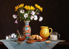 Taste of Bread. (Esther Spektor - Thanks for 16+millions views..) Tags: morning flowers blue red stilllife orange brown white color reflection green art texture home glass leaves yellow metal breakfast composition canon silver bread golden amber wooden milk petals pattern purple linen availablelight napkin knife stilleben spoon bowl honey fantasy slice sunflower mug vase imagination esther taste bouquet bud pitcher tabletop bodegon cuttingboard naturemorte artisticphotography naturamorta spektor naturezamorta coth creativephotography artdigital bej cramics artofimages exoticimage blinkagain estherspektor
