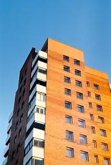 gigant (Mälukoda) Tags: orange contrast tallinn highrise polar towerblock zenit11 helios44 mustamägi kodakcolorplus200