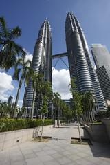 Petronas Twin Towers, Kuala Lumpur (martinsight) Tags: skyscraper petronas towers twin skybridge kuala kl klcc lumpur