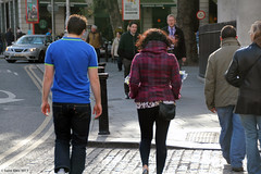 Backsides of Ireland: Afternoon Glow (Canadian Pacific) Tags: county city ireland people dublin irish photo shot candid centre central co pedestrians collegegreen ire aimg2231