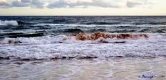Olas de energa (Atarug) Tags: sea naturaleza beach water clouds marina lens photography mar interesting agua nikon mediterranean exterior playa paisaje cielo nubes lamar fotografia olas mediterrneo airelibre nikonlens p7000 interesantsimo nikond700 interiorairelibre palabrasweb jmanelcorderoatarug