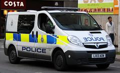 British Transport Police Vauxhall Vivaro Cell/Station Van - LX13 AOW (IOW 999 Pics) Tags: new uk station train force united transport central cell police kingdom plate british van southampton 13 vauxhall response vivaro lx13aow