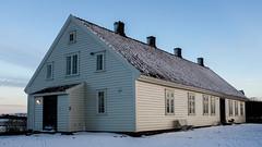 H gamle prestegrd / The old vicarage at H (jonstr) Tags: house norway farmhouse farm woodenbuilding jren vicarage h prestegrd fujifilmx100s