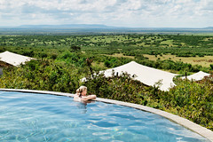 Enter the ROH Grand Draw 2014 for a chance to win a luxury safari