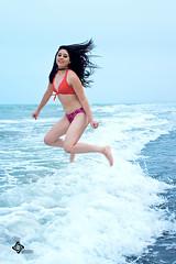 Andrea XV años (Ever Candiani Fotógrafo) Tags: sexy azul mar nice rojo fiesta playa colores modelo bikini xv brincos calor años sesión celebrar xvaños