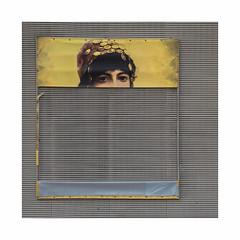 Figuré (hélène chantemerle) Tags: visage femme yeux regard affiche mur jaune gris face lady eyes look poster wall yellow gray