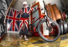 Sex Pistol Steve Jones ready to launch (Chris Hatounian Photography) Tags: sexpistols stevejones jonesysjukebox