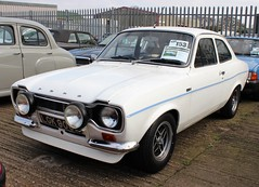 LGK 900K (Nivek.Old.Gold) Tags: 1972 ford escort 1100 base 2door mk1 aca