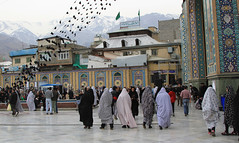 Imamzadeh Saleh Mosque (Wild Chroma) Tags: imamzadeh saleh mosque tehran iran persia women chadors