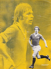 Everton vs Manchester United - 1977 - Page 8 (The Sky Strikers) Tags: everton manchester united football league divsion one goodison park programme 15p