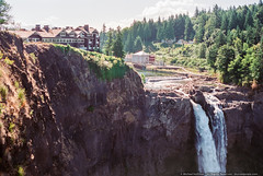 The Great Northern (mhoffman1) Tags: kodakgold maxxum7000 minolta pacificnorthwest salishlodgeandspa snoqualmiefalls snoqualmieriver thegreatnorthern twinpeaks washingtonstate film waterfall