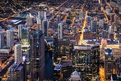 Chicago by night (Lucille-bs) Tags: amérique etatsunis usa illinois chicago night nuit city architecture lumière building ville