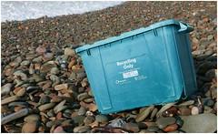 The tide brings in. (brian.batters (B-C-B)) Tags: thetidebringsin kenfigsands kenfig kenfignaturereservecentre sea sands beachdebris jetsam beachcomber beachcombing