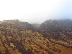 8492 A shoulder of Ben Nevis (Andy - Busyyyyyyyyy) Tags: 20170316 clouds ggg glen glennevis mist mmm mountain mountains