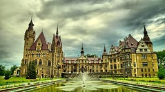 Castelul MOSZNA (Gena7R) Tags: polonia thingstodoinpolonia citybrake