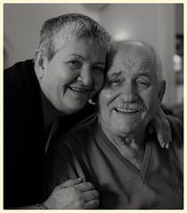 Vieillir ensemble... (camilleromane1) Tags: couple vieux ancetre ancien love amour man women old sony sonyalpha68 blackandwhite noiretblanc portrait face
