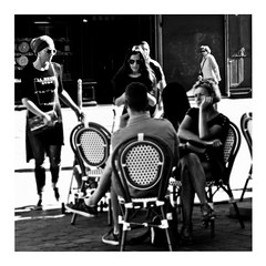 don't stop now (japanese forms) Tags: ©japaneseforms2017 ボケ ボケ味 モノクロ 日本フォーム 黒と白 bw blackwhite blackandwhite blancoynegro bokeh candid dontstopnow lemonjelly monochrome random schwarzweis square squareformat strasenfotografie straatfotografie streetphotography vlaanderen zwartwit