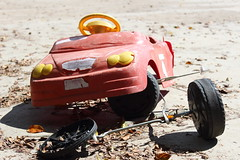 Bairro República JM - Wir Caetano - 08 04 2017 (9) (dabliê texto imagem - Comunicação Visual e Jorn) Tags: bairro república monlevade carro brinquedo