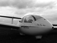 Grob G-103 Viking T1 Black and White (Jamie5335) Tags: grob g103 viking t1 black white approach airplane bath wilts north dorset gliding club university