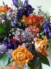 Golden wedding bouquet (bryanilona) Tags: bouquet flowers roses gift goldenwedding anniversary fantasticflower flowerscolours flowersandlines flowerwatcher exceptionalflowers